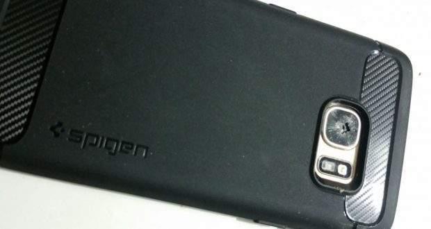 Galaxy S7 ed S7 Edge: problemi al vetro della fotocamera
